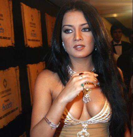 Bollywood Actress Big Tits 78