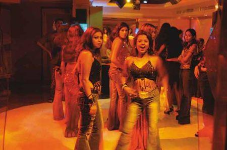 Bar Dancer in Delhi Mumbai Dance Bars Dancers