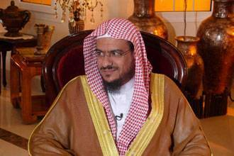 Saudi sheikh wants to demolish holy mosque in mecca to separate sexes