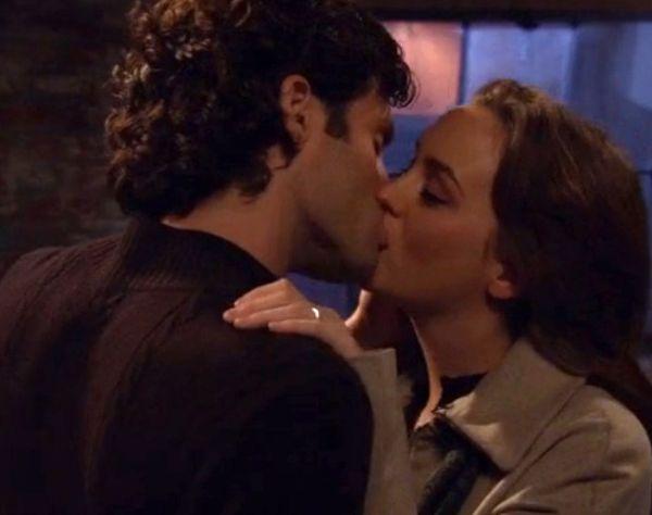 Best Kissing Scenes In Hollywood