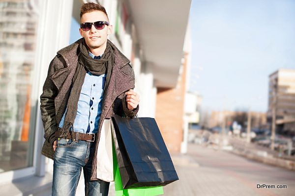 Top Things Men Think While Shopping Instablogs Global